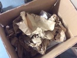 calage et rembourrage réalisés à partir de sacs en papier