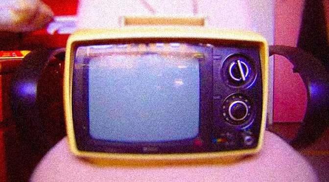 TV kijken op de camping of elders onderweg