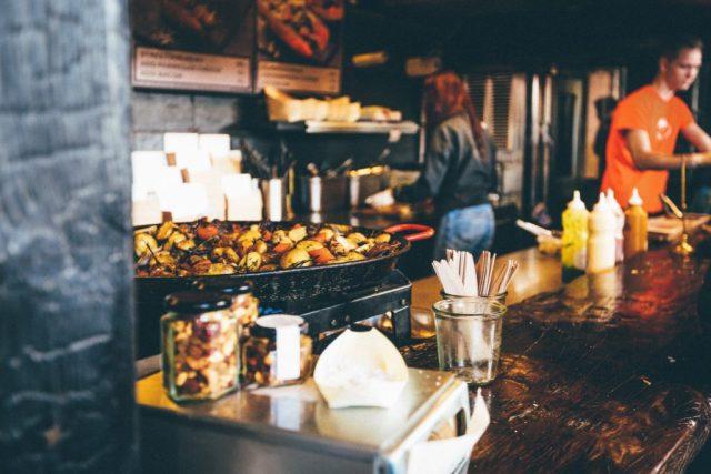 servicos mesa restaurante