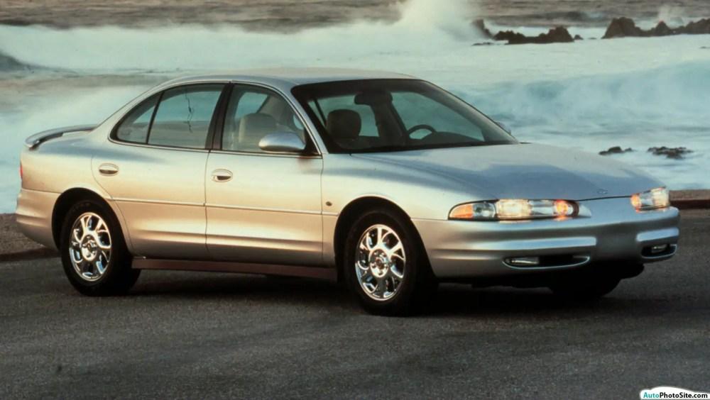 medium resolution of 2000 oldsmobile intrigue 2000 01