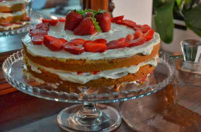 Naked cake (camy cream e fragole)