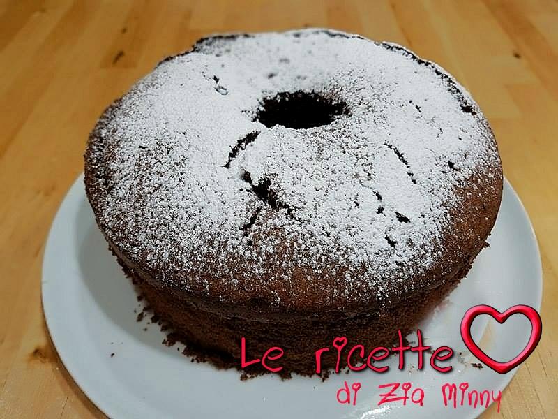 CHIFFON CAKE AL CIOCCOLATO E RUM