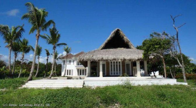 Caribbean oceanfront villa – Punta Cana