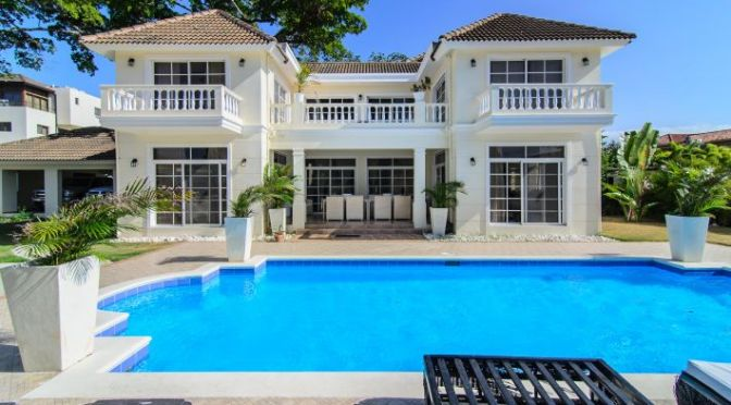 4 Bedroom Villa in Beachfront Resort with All Amenities