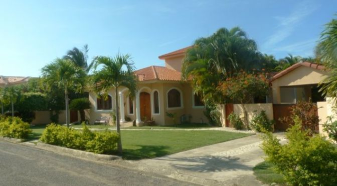 3 bedroom Villa close to the beach …..