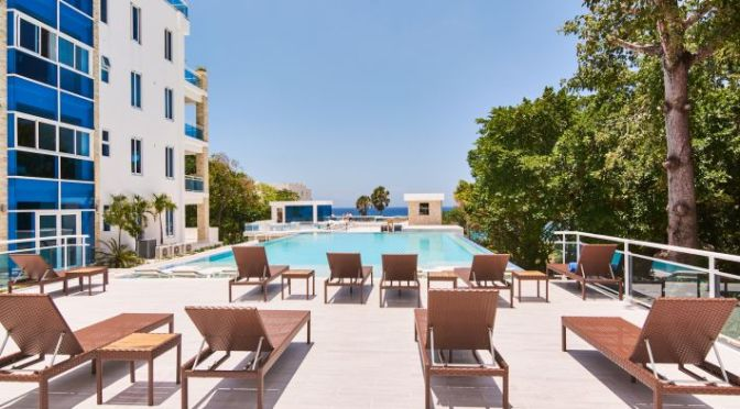 Sleek & Modern New Beachfront Condo $US 145,000