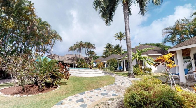 Cabarete Villa and 4 bungalows for B&B for SALE! Next to the BEACH!
