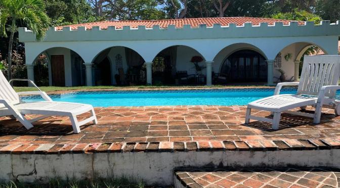 Beautiful Ocean Front Hacienda Style Villa