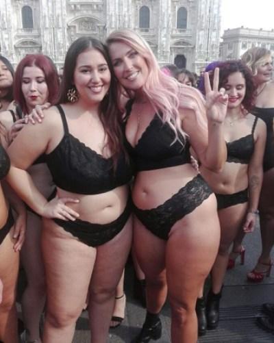 Sharon curvy Plus Size