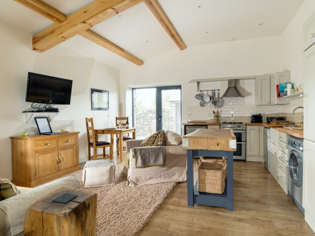 Stable barns dog friendly