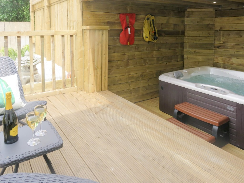 Whitby hot tub