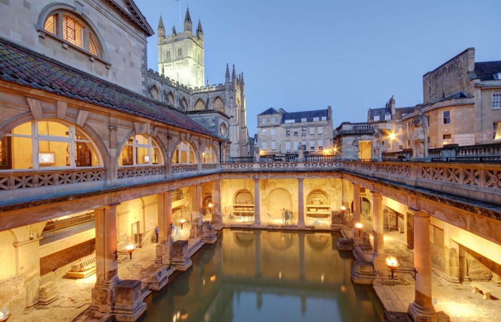Bath winter holiday allowance