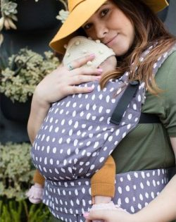 Wonder Free-to-Grow Tula Carrier