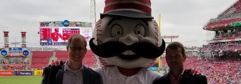 Mr. Redlegs and Couchbase together again