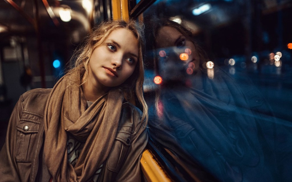 girl-sorrow-go-home-window-bus-reflection-rain-winter-night
