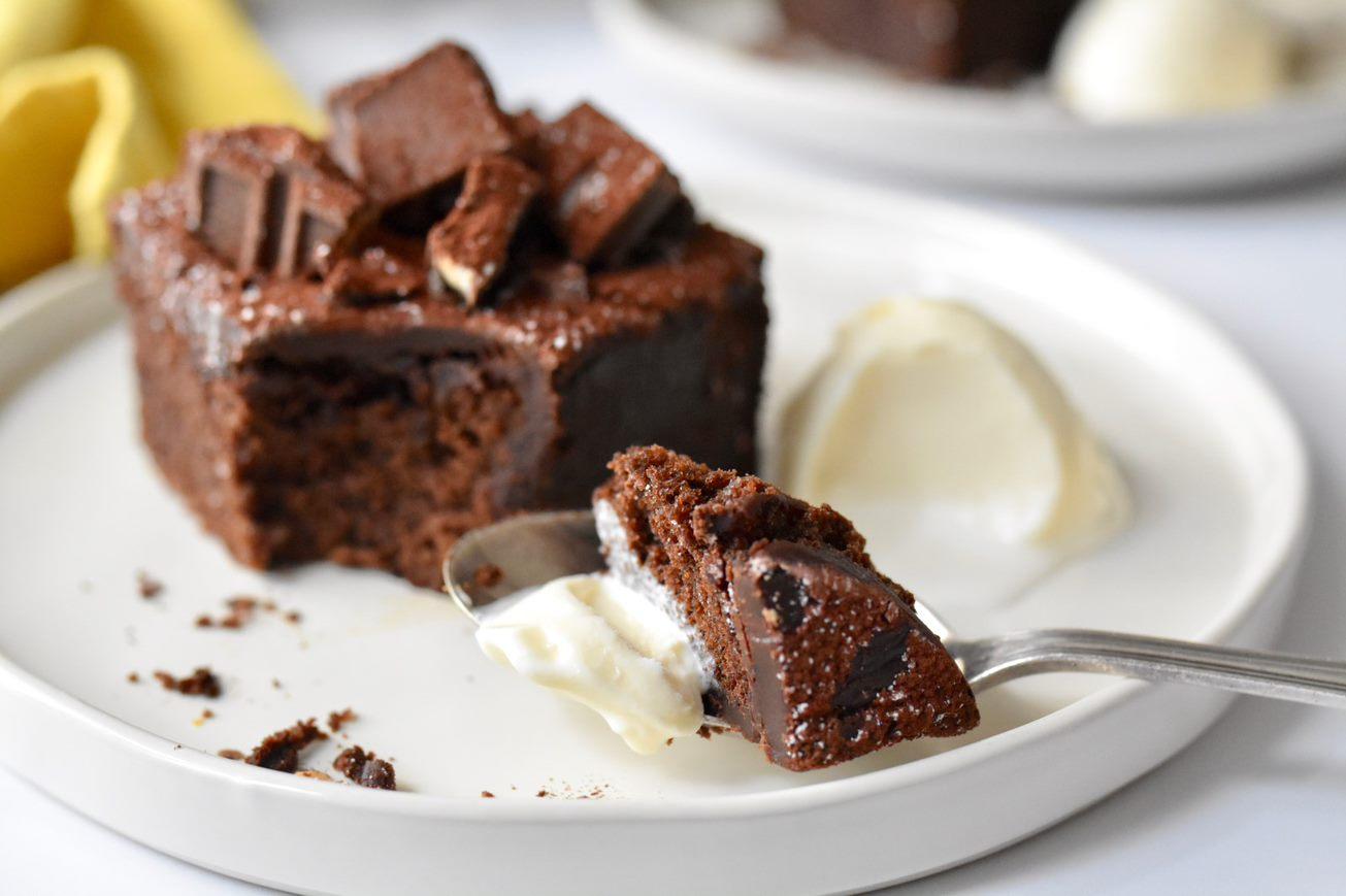 double-choco-fudge-cake-cracker-barrel
