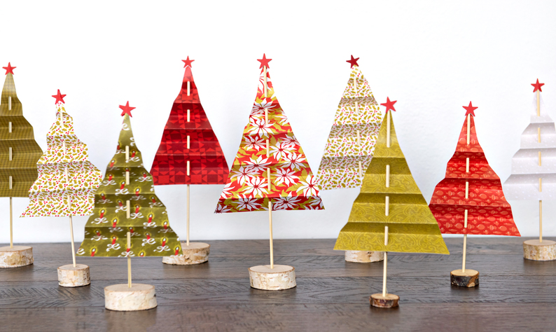 Seasons-Greetings-Christmas-Scrapbooking-Paper-Creative-Memories
