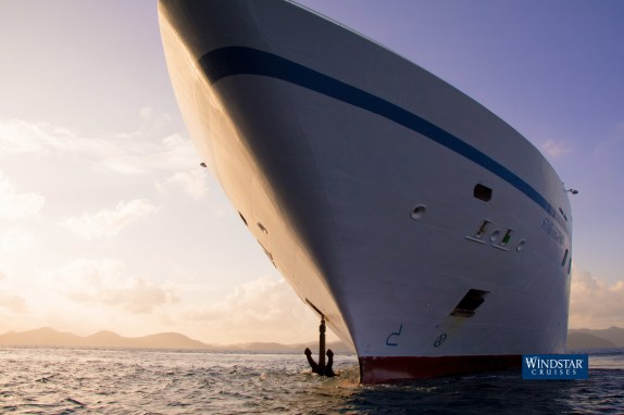 Star Legend cruise ship bow showing anchor dropping