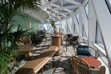 Eden Lounge balcony