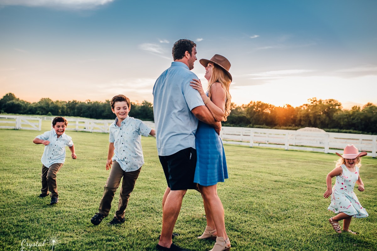 Franklin Tn Family Photographer at Harlinsdale Farms