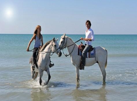 ARABIAN HORSE RIDING AT KARBABAD BEACH