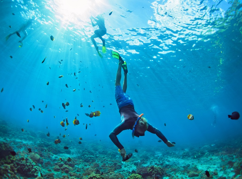 GO DIVING FOR PEARLS IN THE WATERS OF THE GULF IN MUHARRAQ