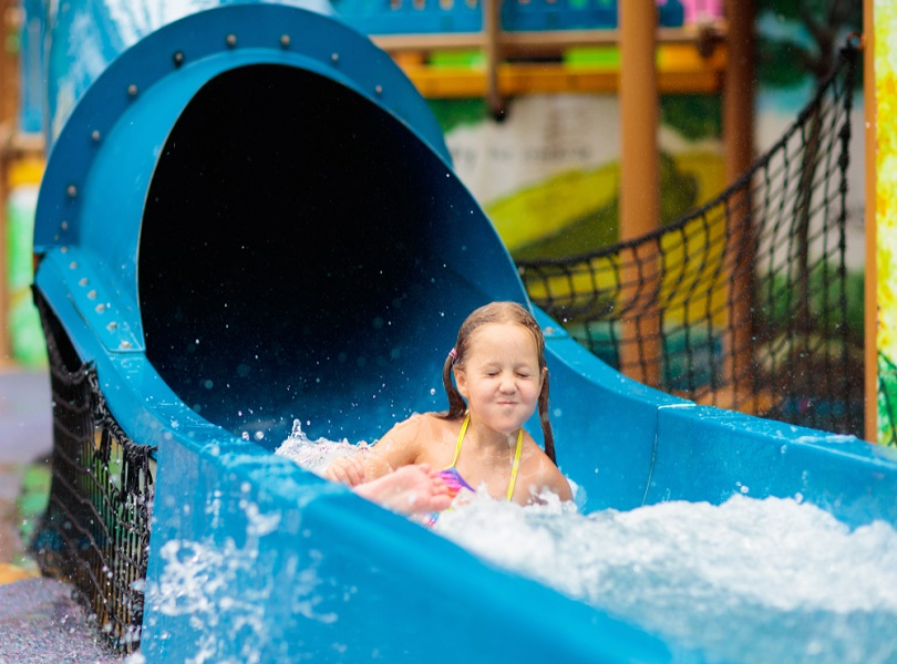 THRILLING RIDES AT ADVENTURE COVE WATERPARK