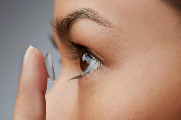 Our contact lenses can be worn for up to 30 days. Image: The Daily Write Up