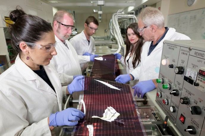 Printed Solar Cells Rising: New co-operative flexes solar film's potential