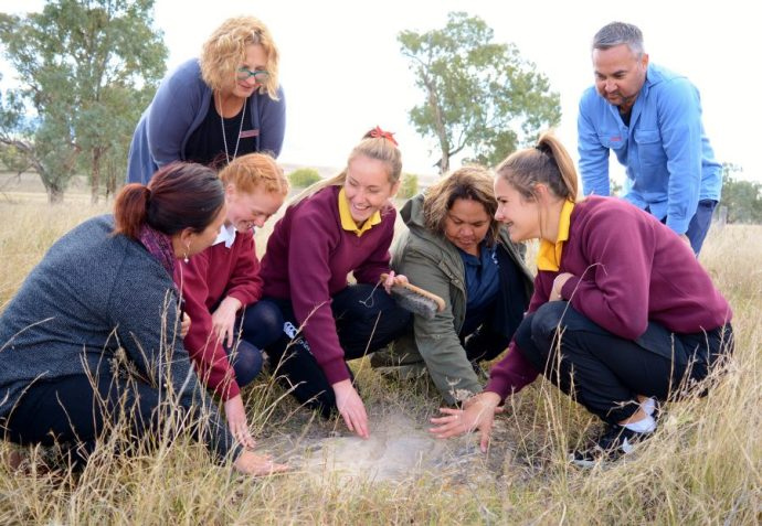 Indigenous students grinding into science 'On Country'
