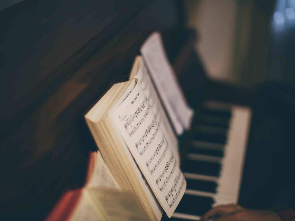 ¿Cómo estudiar piano o cualquier instrumento musical?