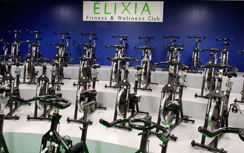La salle d'indoor cycling de l'Elixia