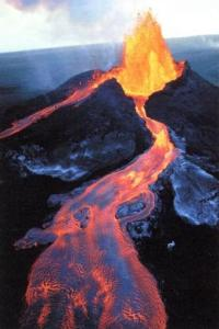 volcan-eruption-lave