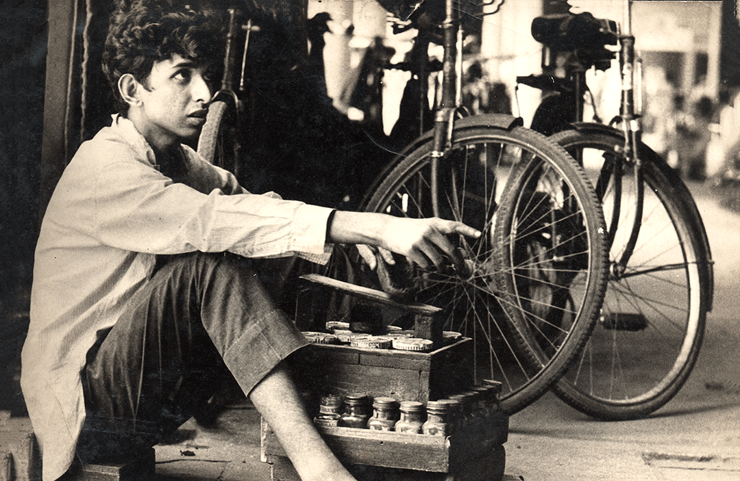first person journalism at its best — the author as a shoeshine boy