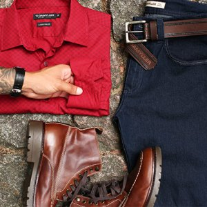 Jeans + vermelho: combo de estilo