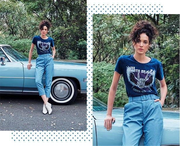 Calça chino em jeans claro com cinto de fivela