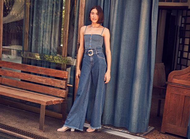 Calça pantalona jeans de cintura alta
