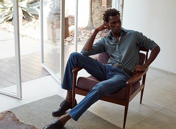 Camisa com calça jeans e sapato social