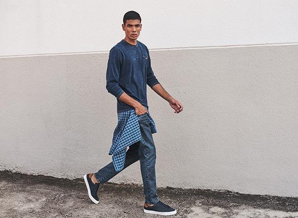 Camiseta jeans com camisa xadrez