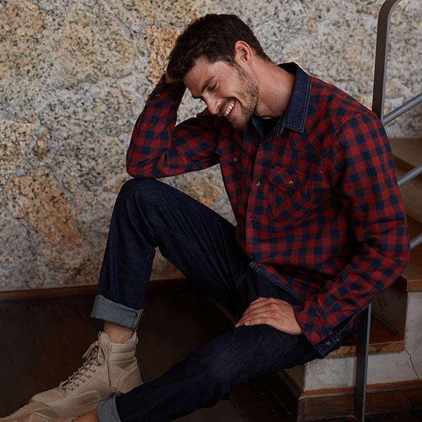 Camisa xadrez masculina com bota
