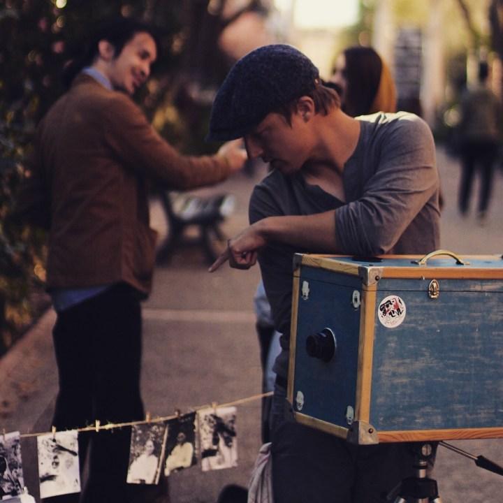 tirage photo afghan box dans la rue
