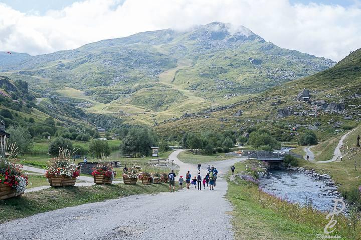 vacance à la montagne en savoie les menuire vue montagne 27mm f2.8