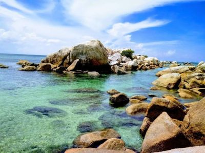 Paket Tour Belitung Hopping Islands 3H2M