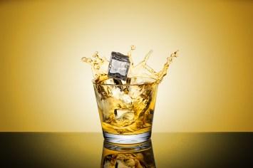 Ice-whisky