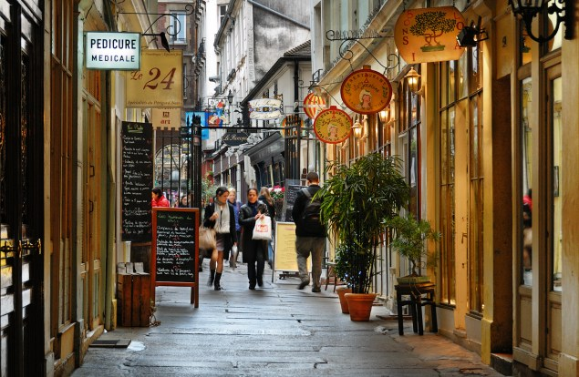 Saint-Germain des Prés Walk around Paris streets