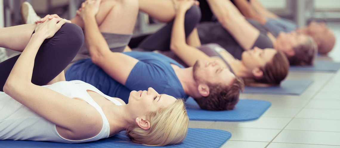 Yoga-class-beginner's-guide
