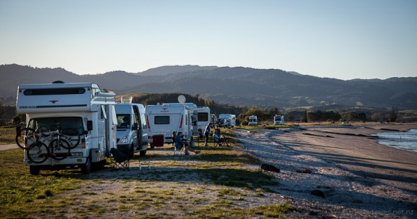 Motorhomes at Ray's Rest at Kaiaua