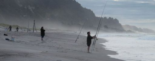 Surfcasting at Matata - Bap of Plenty