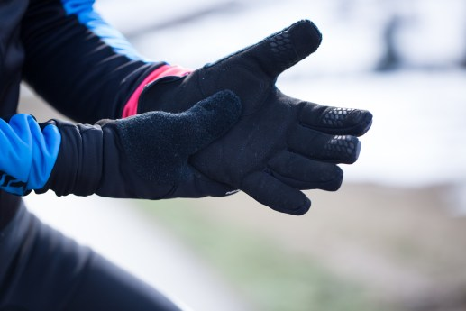gloves 900 m - 012 --- Expires on 26-06-2021.jpg