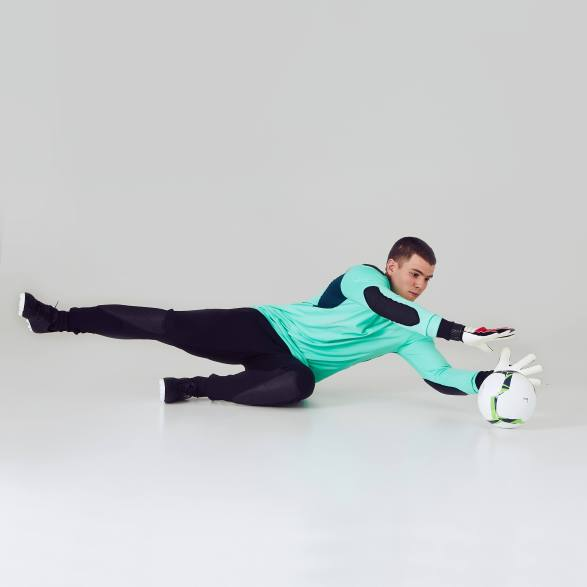 goal_kipper_f100_green_black_debutant_ah_02